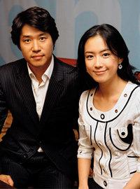 '2005 인구주택총조사' 홍보대사 위촉식에서 만난 유준상·홍은희 부부