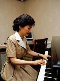 박근혜 대표가 털어놓은 어머니에 대한 그리움 & 요즘 생활