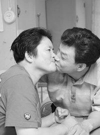 정신연령 다섯살로 돌아간 아내 돌보는 이길수 감동 사랑