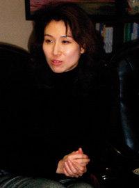 재벌가 여성들의 자선모임 '미래회'  회장으로 주목받는 SK 안주인 노소영 요즘 생활