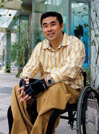사지마비 장애 극복하고 미국 존스홉킨스 병원 수석 레지던트 된 이승복