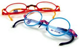 아이의 개성에 따라 선택하는 맞춤 아이 안경
