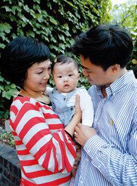 늦둥이 딸 키우는 재미에 푹 빠져 지내는 원미연·박성국 부부