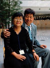 부모의 이혼으로 오갈 데 없는 아들 친구 돌보는 박숙자 통계청 이혼통계담당 공무원