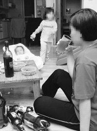 주부들 사이에서 확산되는 알코올 중독 실태 & 예방법