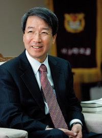 서울대 정운찬 총장의 '미래사회가 원하는 인재로 키우는 법'