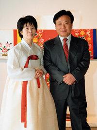 전통자수 개인전 연 작가 이문열 부인 박필순