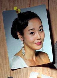 피부미인 김윤진의 할리우드식 뷰티