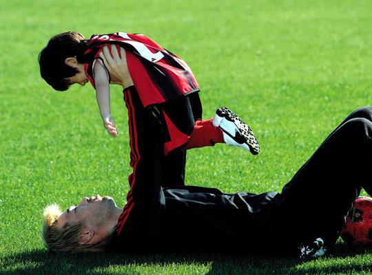 아빠는 최강 골키퍼~아들은 슛돌이~김병지·산 부자의 축구 이야기