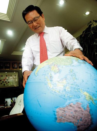 """서강대 손병두 총장이 들려주는 """"아이 글로벌 인성교육 & 글쓰기교육"""""""