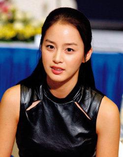 재벌 2세와의 비밀 결혼설 퍼뜨린 네티즌 고소 취하한 김태희