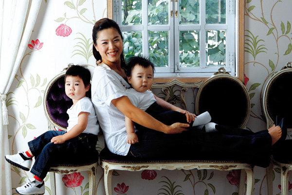 연년생 형제 키우며 단란한 가정 일구는 개그우먼 김지선
