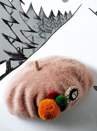 비즈로 꾸민 겨울 패션 소품