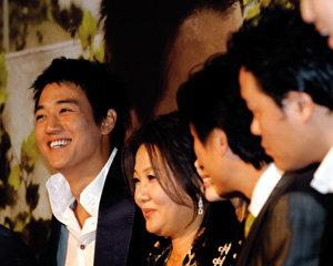 영화 '해바라기'에서 가슴 뭉클한 가족애 보여준 김래원