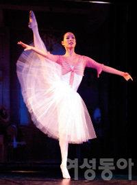 브레이크댄스와 발레를 함께 즐기는 넌버벌 퍼포먼스