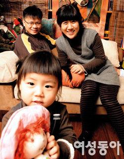 세 살배기 딸 키우며 알콩달콩 살아가는 부부만화가 양영순·차차심