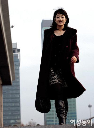 열한 살 연상 시인과 결혼, '스펀지' 새 진행자 고민정