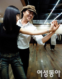 '낮엔 변리사, 밤엔 라틴 댄서' 열정적으로 사는 멋진 중년 백건수