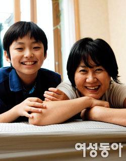 이혼 뒤 열 살배기 아들 홀로 키우는 '싱글맘' 박소원