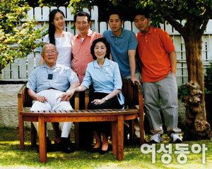 '사랑의 집짓기' 현장에서 만난 빙그레 김호연 회장 가족