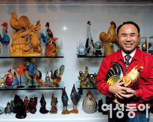 (주)제너시스BBQ 윤홍근 회장