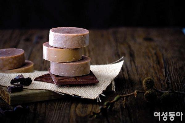 촉촉하고 부드러운 피부 만드는 아로마러버 초콜릿 스파바