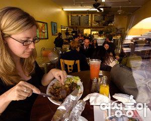 LA 트렌드세터들이 즐기는 면역력 높이는 건강 요리