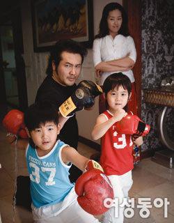 개구쟁이 연년생 형제 키우는 '터프가이' 김보성·박지윤 부부