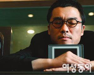 어디로 튈지 모르는 탁구공 같은 남자 김건모
