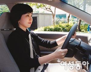 초보 여성 운전자가 꼭 알아야 할 안전운전 요령 & 최첨단 안전장치 정보