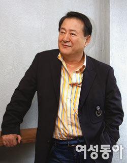 배우 인생 40년 만에 뮤지컬 데뷔, 애틋한 부성애 연기하는 노주현