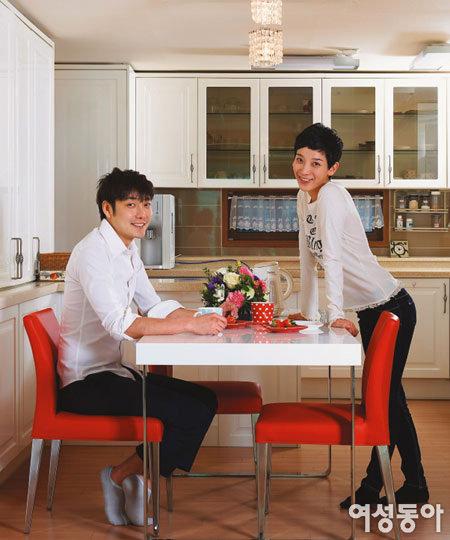 가수 김지훈의 Simple & Modern House