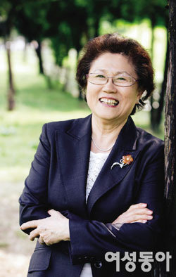 스웨덴으로 입양된 한국인 아이들의 대모 김현덕