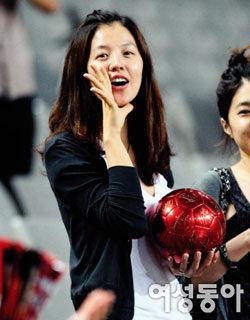 연기자·축구스타 커플 탄생~ 12월 결혼하는 김성은 정조국