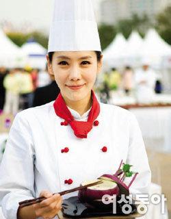'나? 요리하는 여자야!' 김정은의 변신