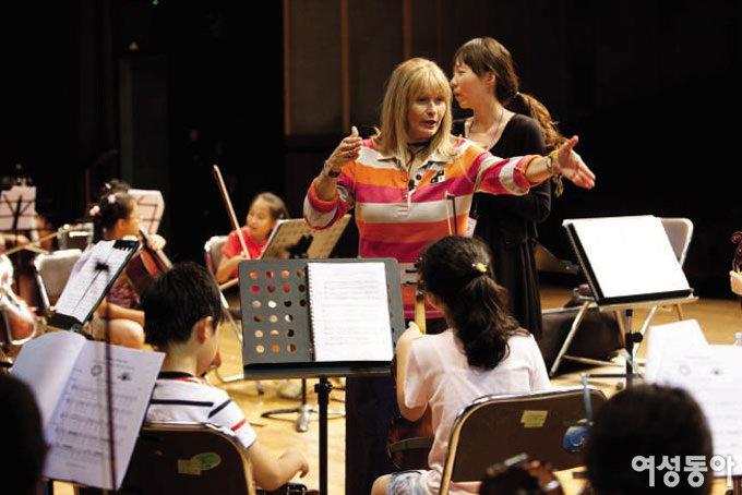수잔 시먼의 아름다운 음악 수업
