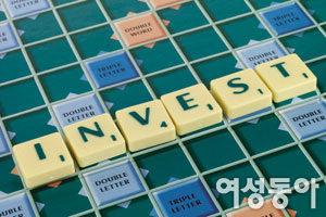 주식 비중 줄이고 현금 확보, 부동산은 관망