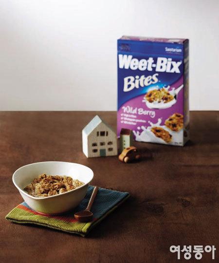 통곡물로 시작하는 건강한 아침 Weet-Bix 위트-빅스