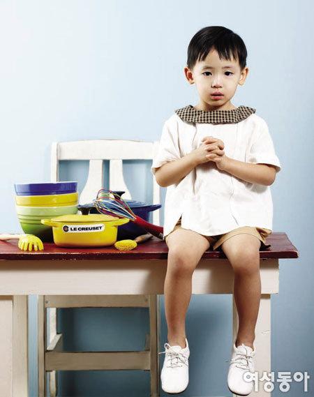 스마트 르크루제 쿡웨어로 아이 건강 요리를 만들다