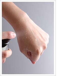수딩 케어 S.O.S! 뷰티 테스터 2인의 '라끌레르 오가닉 아로마 미네랄 워터' 생생 체험기