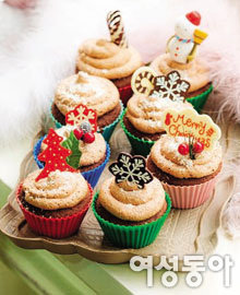 CHRISTMAS COOKIE & CAKE