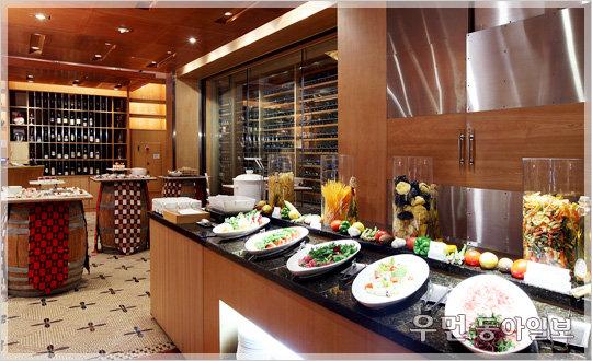롯데호텔, 힐링 위한 '이스케이프(ESCAPE) 패키지' 3종 … 디럭스룸과 정통 이탈리안 요리를 기본으로 다양한 서비스 제공