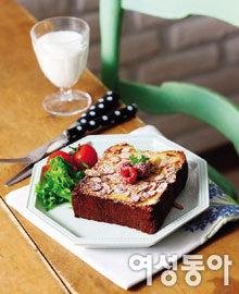 우리 흰 우유로 만든 초간단 아침 메뉴
