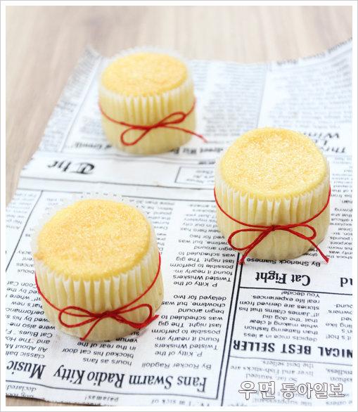 꾸미지 않아도 예쁘다. 여러 재료 넣지 않아도 맛있다. 기본 재료로 만드는 시몬 컵케이크