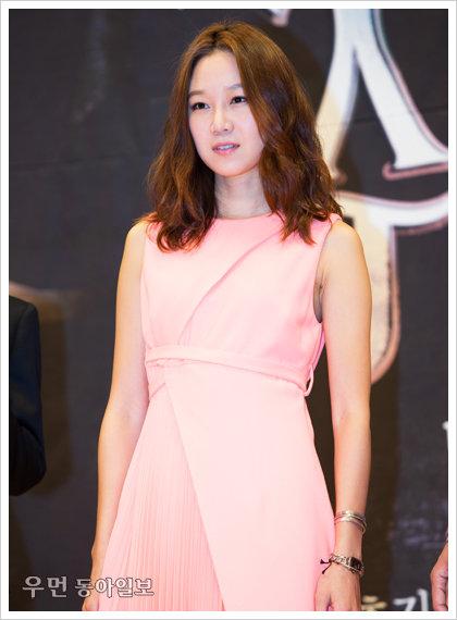 "SBS '주군의 태양', 공효진 ""소지섭, 소문과 달리 따뜻해 촬영 즐겁다."""