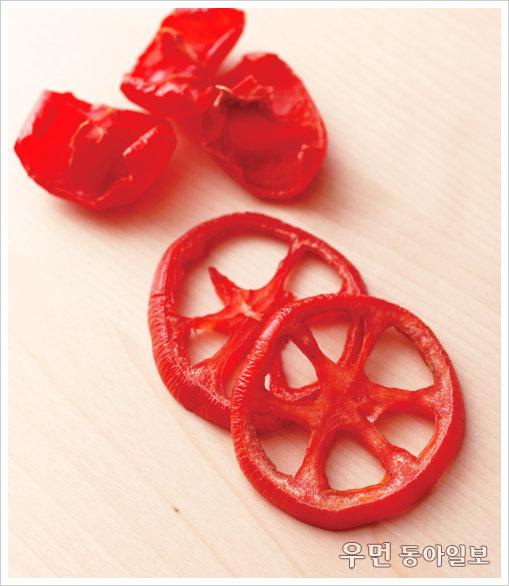 냉장고에 굴러다니는 토마토, 이젠 말려보세요.