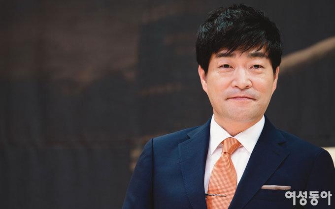 옆집 아저씨 손현주 '모태 재벌'로 데뷔