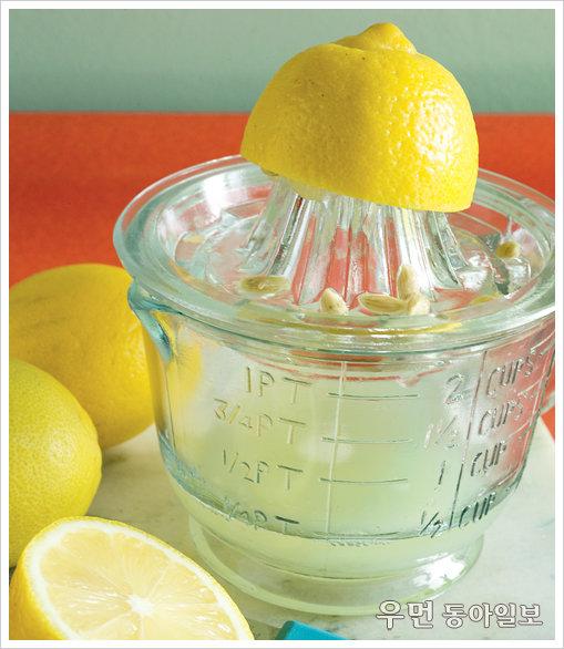 입 안 가득 퍼지는 상큼한 레몬 커드 만들기.