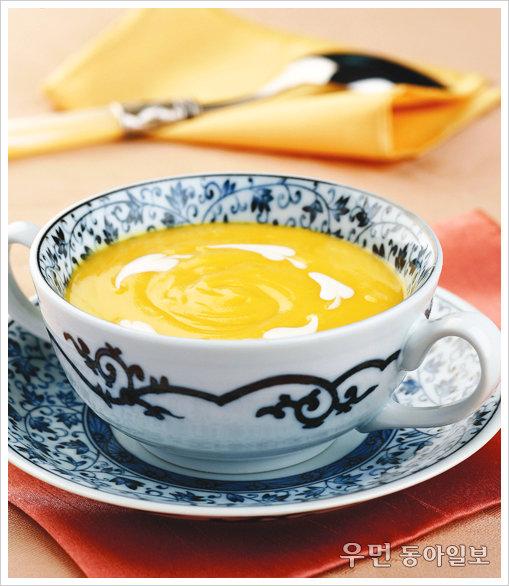 노란빛이 식감을 더하는~단호박 크림 스프