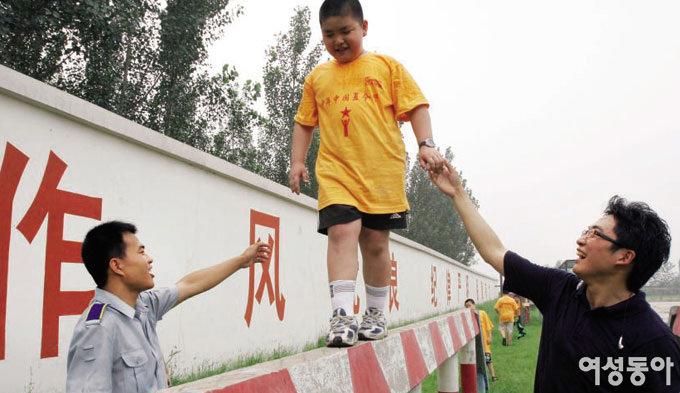 중국판 '아빠! 어디가?'로 본 톱스타의 자녀 교육법